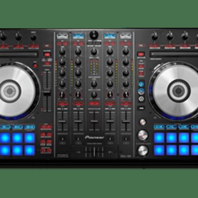 Pioneer DDJ SX DJ Controller for Serato with hardshell flight case (missing power adaptor)