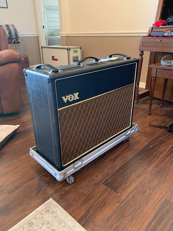 Vox AC30CC2X 2000's | Bird House Music