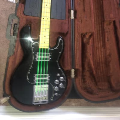 Peavey T-40 with Maple Fretboard 1978 - 1988 Black for sale