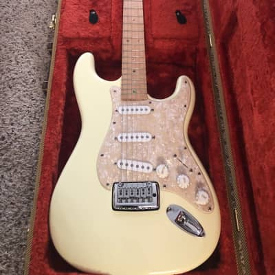 CMG Stratocaster Off White for sale