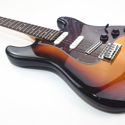 Career ST Type Fenix Pickups 3-tone-sunburst for sale