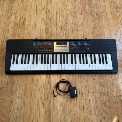 Casio LK-170 61-Key Key-Lighting Keyboard