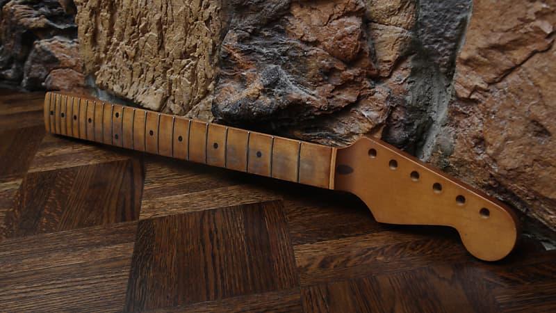 Aged Allparts Strat Neck Vintage Brown Relic Nitrocellulose Lacquer  Licensed Fender Stratocaster