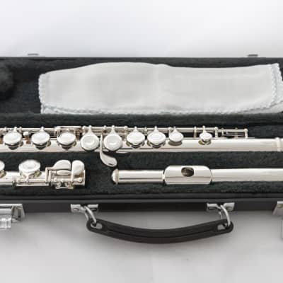 Yamaha YFL-221 Silver-plated Student Flute *Made in Japan *Cleaned & Serviced *Ready to play
