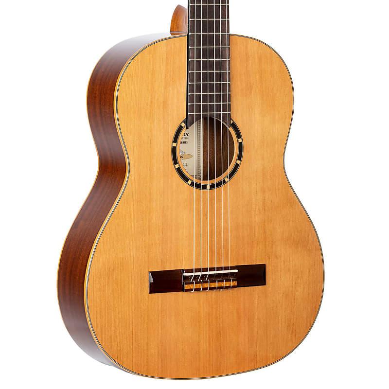Ortega Family Series Cedar Top Nylon String Acoustic Guitar R122G