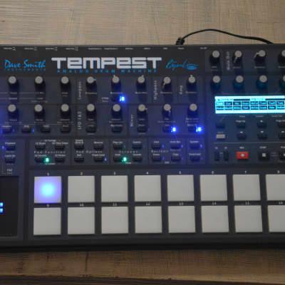 Dave Smith Instruments Tempest Analog Drum Machine (plus a little present check description)