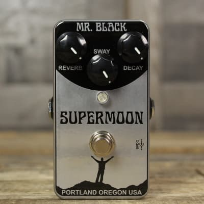 Mr. Black SuperMoon Chrome Reverb