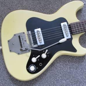 Klira Triumphator sixties yellow for sale