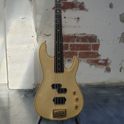 Valley Arts M Series Bass 1988 Antique Ivory (Semi Fretless Rarity) for sale