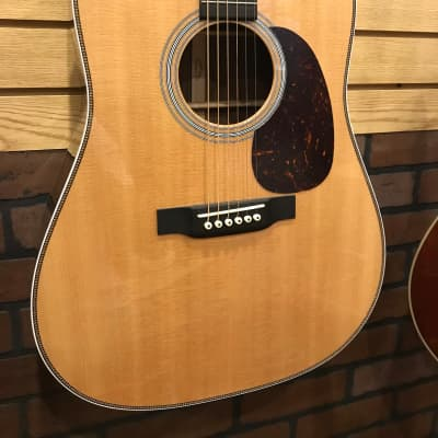 NOS SCRATCH N DENT! Martin HD-28 Herringbone Dreadnought for sale