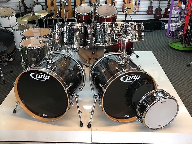 PDP DW Concept Maple Double Bass Drum Kit Black Sparkle Lacquer 8 Piece