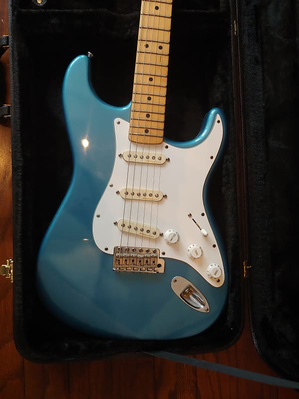 Fender Deluxe Powerhouse Stratocaster With Clapton 25db