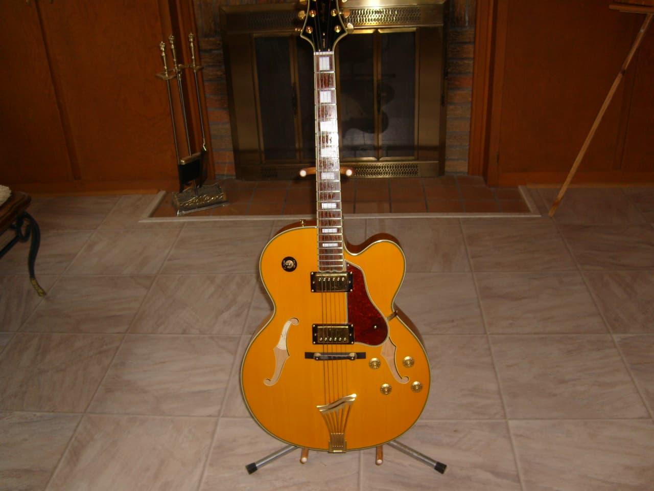 samick greg bennett jz2 amber archtop guitar carl 39 s reverb. Black Bedroom Furniture Sets. Home Design Ideas