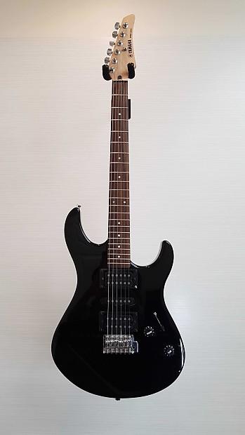 yamaha erg 121c electric guitar good the guitar hub reverb. Black Bedroom Furniture Sets. Home Design Ideas