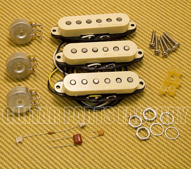Fender Vintage Noiseless Strat Pickups Accessories >> Fender Vintage Noiseless Strat Pickups 3 Aged White
