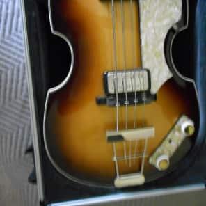 Hofner 500/1 V63 Reissue Violin Burst