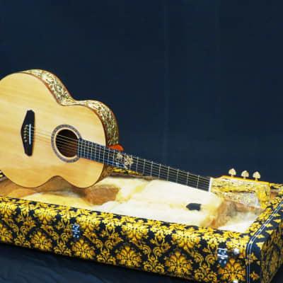 Batiksoul Masterpiece 2020 - Grand Concert King of Dragon Gold Leaf for sale