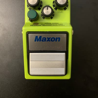 Maxon SD-9 Sonic Distortion w/ AnalogMan Midrange Mod