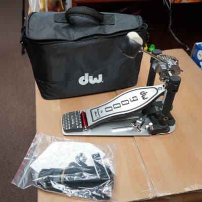 DW CP9000 Single Bass Drum Pedal w/ Bag