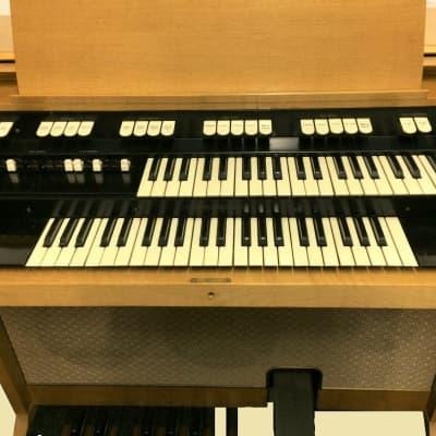 "Hammond Organ  M-100 Series  M-162 Maple Model near ""Mint"" Ships FREE"
