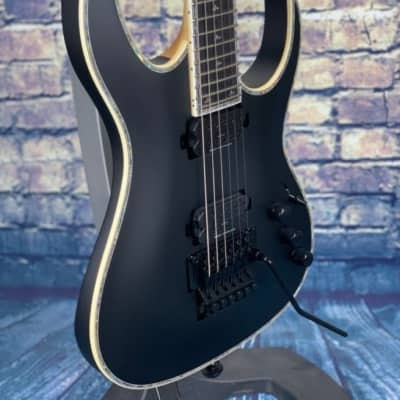 BC Rich  PROPHECY SHREDZILLA PROPHECY ARCHTOP WITH FLOYD ROSE Satin Black for sale