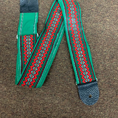VINTAGE Green and Red pattern STRAP for GUITAR with metal buckle