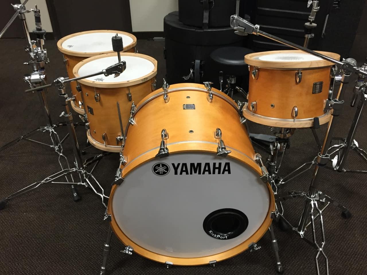 Yamaha Maple Custom Absolute Price