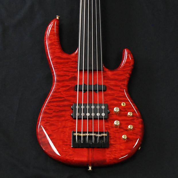 Carvin LB Transparent Red 6 String Fretless Bass