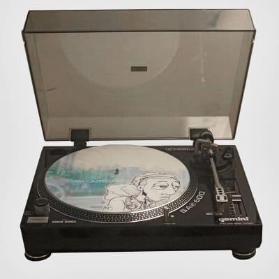 Gemini SA-600 direct drive DJ turntable [0064].