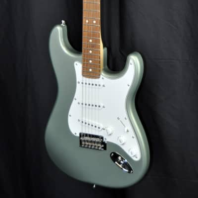 Fender Fender Player Series Stratocaster  w/ Pau Ferro Fingerboard 2018 Sage Green Metallic for sale
