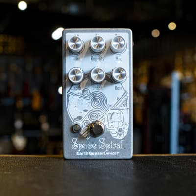 EarthQuaker Devices Space Spiral V2 Modulated Delay Pedal for sale