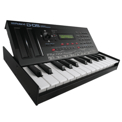 Roland Boutique Series D-05 with K-25m Keyboard
