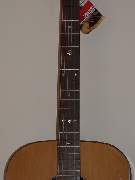 amazing acoustic guitar solid aa cedar top acacia back