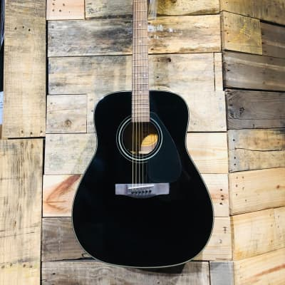 yamaha f335 bl dreadnought acoustic guitar black reverb. Black Bedroom Furniture Sets. Home Design Ideas