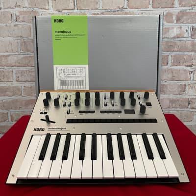 Korg monologue 25-Key Monophonic Analog Synthesizer