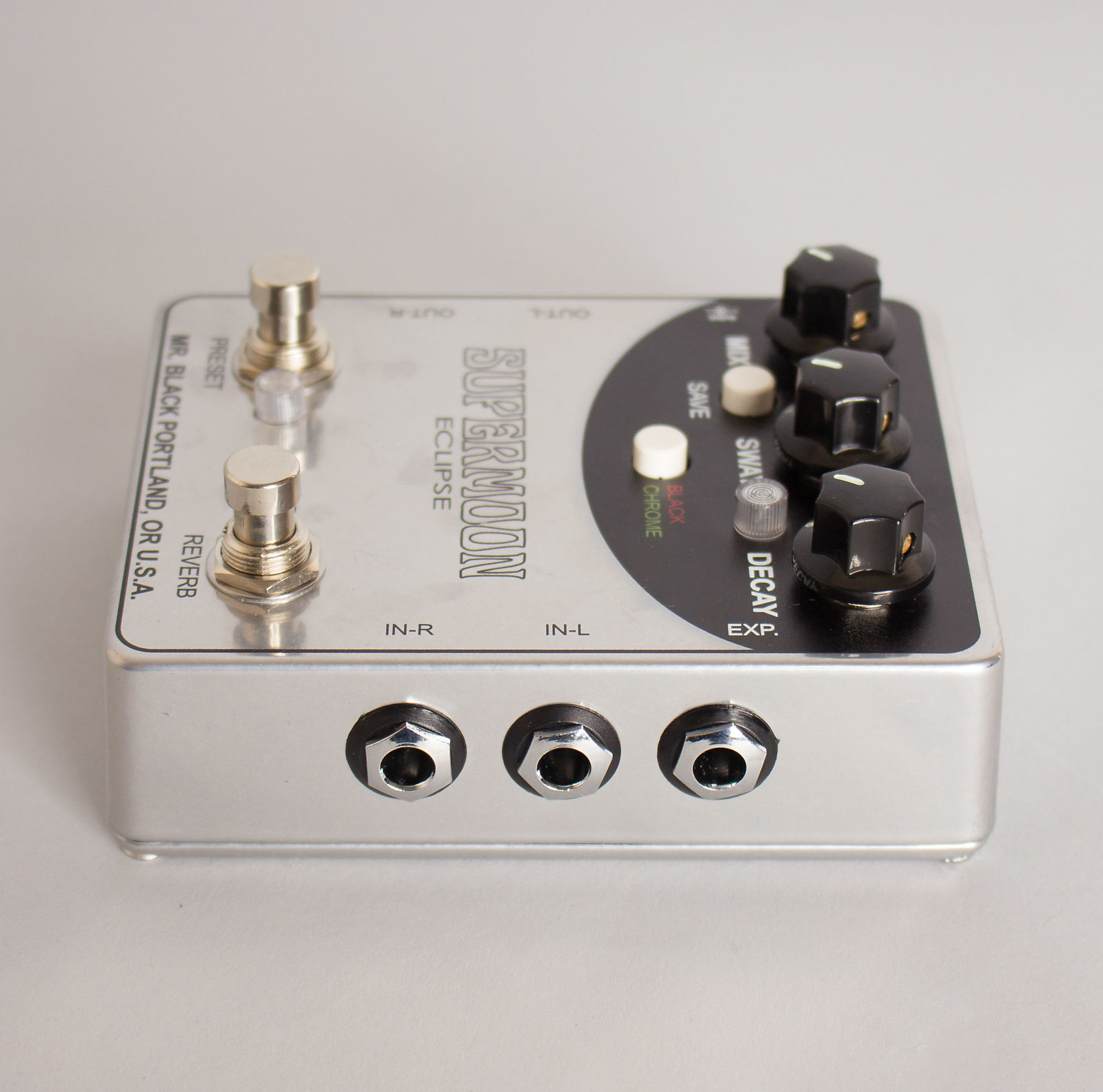 Mr. Black Supermoon Eclipse Model Stereo Reverb effect 2017 Silver