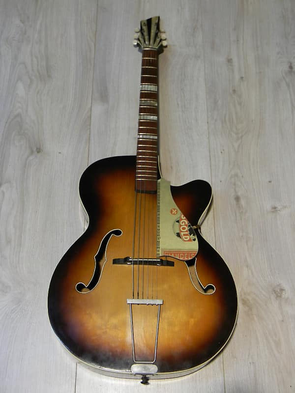 vintage archtop cutaway JAZZ GITARRE Germany 1960s Schlaggitarre Jazzgitarre image