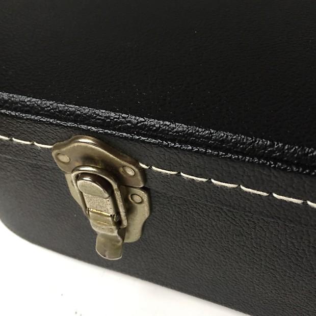 cheap takamine tkl hard shell case for all nex body acoustic reverb. Black Bedroom Furniture Sets. Home Design Ideas