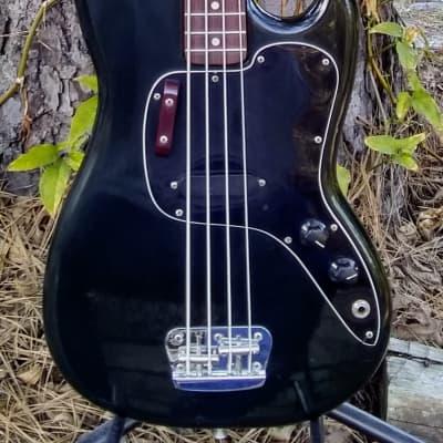 Rare Fender Musicmaster 1976 Classic Black W/ Ash Body