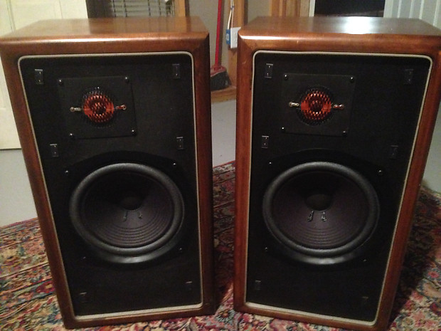 1970s Advent New Large Advent Hifi Speakers (w rebuilt woofers and  crossover!)