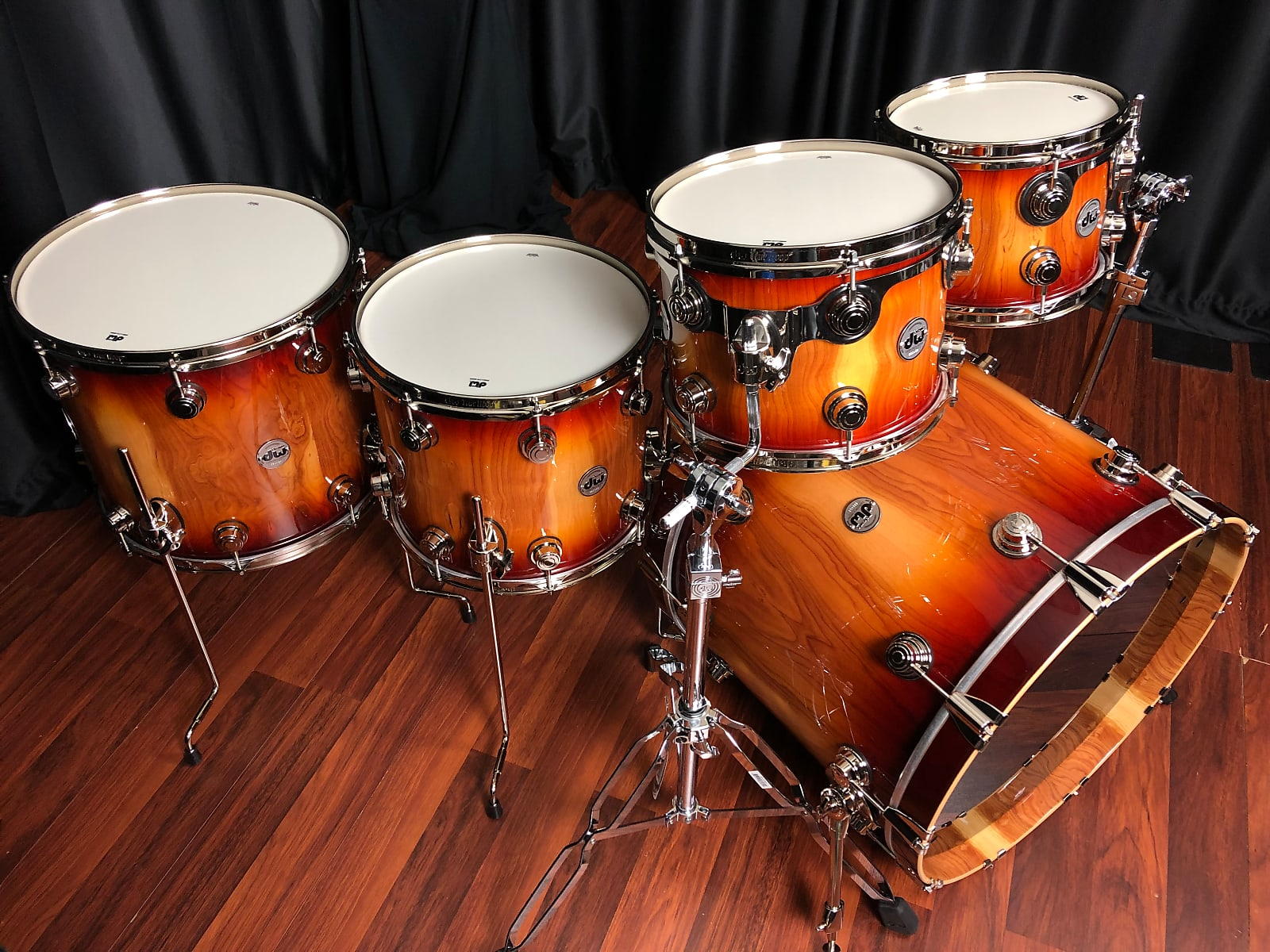 DW drums Ltd. Drum Workshop Collector's Almond 5pc set with Nickel hardware Toasted Almond Burst