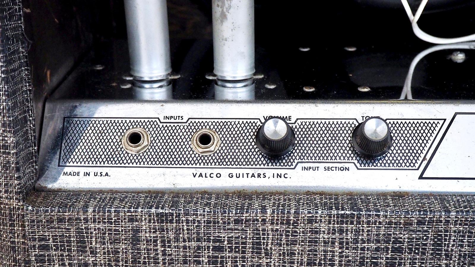 1964 Supro Thunderbolt Vintage Tube Guitar Amplifier Model S6420 w/ Jensen  C15P