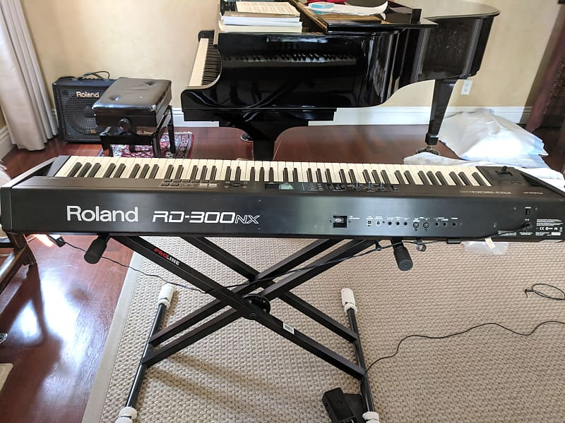 roland rd 300sx 88 key portable digital stage piano reverb. Black Bedroom Furniture Sets. Home Design Ideas