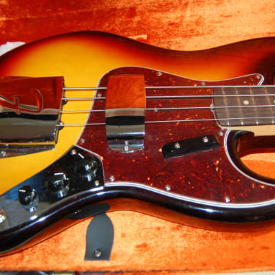 New Old Stock 2017 Fender American Vintage '64 Jazz Bass 3 Tone Sunburst Authorized Dealer OHSC for sale