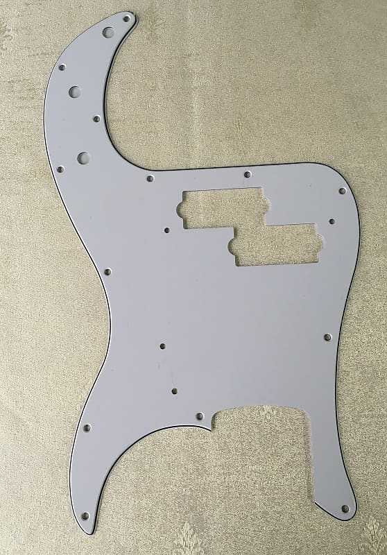 Bass WHITE 3-Ply Pickguard For P NEW
