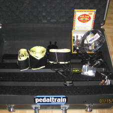 Pedaltrain mid 2000's Black/Silver with 1SPOT power supply/plugs and velcro
