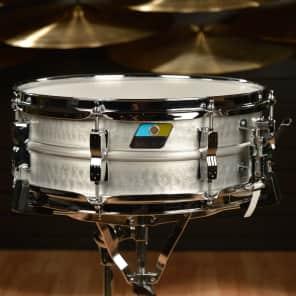 "Ludwig LM404K Acrolite Hammered 5x14"" Aluminum Snare"
