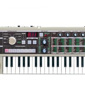 Korg - microKORG 37-mini Key Synthesizer & Vocoder