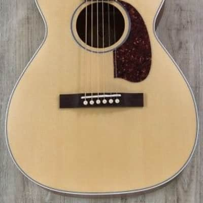 Guild M-40 Troubadour Concert Acoustic Guitar Indian Rosewood Fretboard Natural