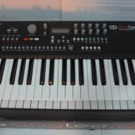 Elektron Analog Keys Multi Voice Synthesizer w/box, cable